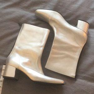 Bongo. Silver metallic ankle boots. Size 10